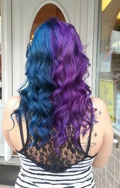 I used to have something like this except it was black and purple. I miss it!