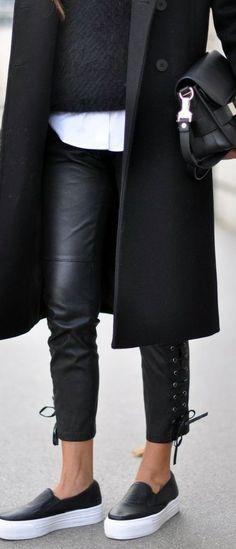 Kissmyshoe - La communauté des shoes addicts   [idées de look] Comment porter les slip on en hiver    http://kissmyshoe.com