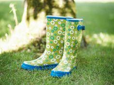 Veiligheid boven alles! Ook als je in de tuin werkt. Daarom hebben wij niet alleen al het nodige tuingereedschap, maar ook veiligheidskledij en -schoeisel.