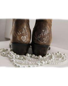 Handpainted Just Married Brides Boot country wedding boots Uniquely ME! I would LOVE to do this to my boots! I went with Justin's! I still think this could be done to them! Wedding Pics, Wedding Shoes, Wedding Engagement, Fall Wedding, Rustic Wedding, Our Wedding, Dream Wedding, Wedding Stuff, Wedding Dresses