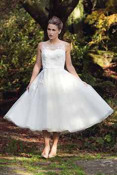 Tea length retro tulle gown with beautiful unique beaded applique lace – FairyGothMother