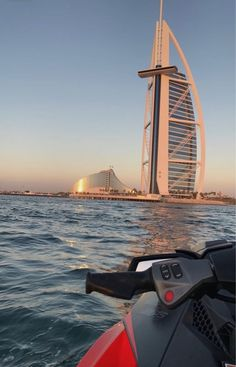 Find images and videos about sunset and Dubai on We Heart It - the app to get lost in what you love. Dubai Vacation, Dubai Travel, Dream Vacations, City Aesthetic, Travel Aesthetic, Foto Dubai, Dubai City, Dubai Hotel, Visit Dubai