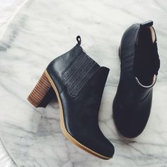 """Black Leather Chelsea Boots w/ Chunky Wooden Heel •A stacked heel supports a refined bootie that perfectly balances style and comfort. This go-with-anything style features a duo of gored panels to ensure a custom fit.  •3"""" heel, 3"""" shaft. Memory foam footbed. These run small and would be best for a 6.5.  •New in box. NO TRADES/PAYPAL. Dr. Scholls Shoes Ankle Boots & Booties"""