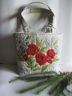 Красный мак Льняная сумка - цветочный,маки,алые маки,цветы,вышивка,Машинная вышивка
