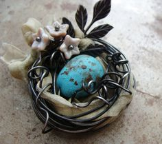 Heather has done it again!  Such cute nature jewelry!  Spring Nest Tutorial by humblebeads on Etsy, $7.00