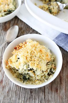 Spinach and Artichoke Quinoa Bake Recipe on twopeasandtheirpod.com LOVE this recipe!