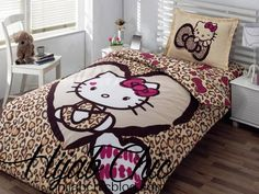 pure white bedroom with brown hello kitty bed decor plus laminate floor design: cute hello kitty bedroom design ideas with colorful wallpaper and like OMG! get some yourself some pawtastic adorable cat apparel! Hello Kitty Bedroom Set, Hello Kitty Rooms, Cat Bedroom, Girls Bedroom, White Bedroom, Bedroom Brown, Room Girls, Bedroom Stuff, Hello Kitty Zimmer