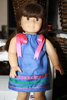 "Creating Kidstuff: Anny's Corner: FREE l8"" Doll Pillowcase Dress Tutorial to Fit American Girl Dolls"