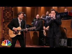 ▶ Russell Crowe and Jimmy Fallon Sing Folsom Prison Blues - YouTube