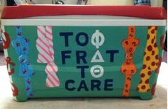 Hi! i was wondering if you had any advice for making coolers? (materials, design ideas etc.) Greeklife at my school doesn't really make them and I thought it would be fun to do for my boyfriend's fraternity's formal. :) | sorority sugar