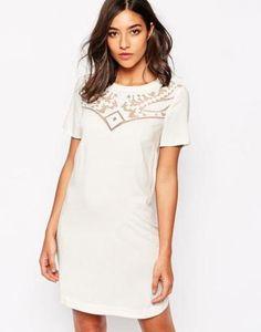 Warehouse Vestido recto de encaje bordado Crema #dress #women #covetme