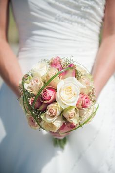 Planning A Fantastic Flower Wedding Bouquet – Bridezilla Flowers Tall Wedding Centerpieces, Wedding Flower Arrangements, Wedding Decorations, Tall Centerpiece, Floral Arrangements, Prom Bouquet, Flower Bouquet Wedding, Flower Bouquets, Bridal Bouquets