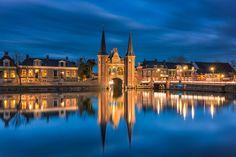 Sneeker Waterpoort - Sneek, The Netherlands #Holland #Nederland #Friesland #Sneek #Cityscape #Landscape