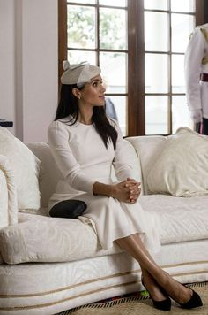 When the news about Meghan's pregnancy was announced, many fans were surprised to learn she would still be going to Fiji and Tonga with Prince Harry. Both Fiji and Tonga have had recent outbreaks of Zika virus. So, the Australian Department of Health recommends that pregnant women should delay non-essential travel to places affected by the disease #meghanmarkle #meghanmarkle2018 #meghanmarklestyle #meghanmarklefashion #whitedress #harryandmeghantour2018