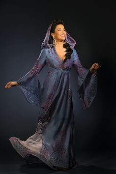 Courtney Reed as Jasmine on the broadway production of Aladdin.