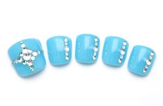blingy blue pedi design