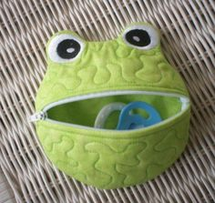 Stitch This Designs: Frog Shaped Pacifier Holder