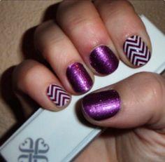 Jamberry nails #fizzygrape #boysenberrychevron Http://crystalvigil.jamberrynails.net