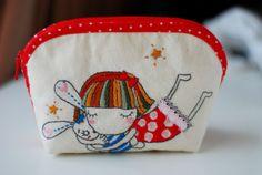 Sweet stitched purse - make x