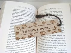 Wooden bookmark - Hand Pyrography - Paw Prints