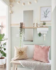 Plywood Coffee Table – Urbansize Bedside Table Decor, Hallway Designs, Hallway Ideas, Uni Room, Spare Room, Hallway Inspiration, Table For Small Space, Small Hallways, Hallway Decorating