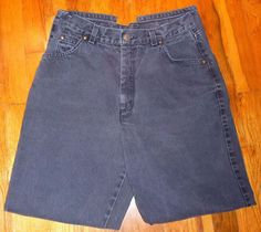 $13.99 Levi's Gold Tag Tapered Leg Jeans Women's Sz 11 29X30 Excellent Condition #Levis #SlimSkinny