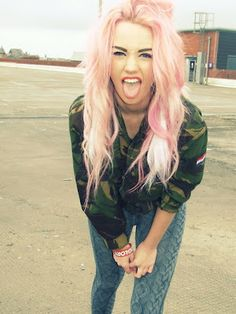 sherbet hair (girly) + camo jacket = grunge style done right for days!