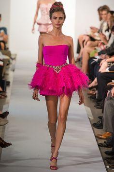 Oscar de la Renta Spring 2013 RTW - Review - Fashion Week - Runway, Fashion Shows and Collections - Vogue - Vogue