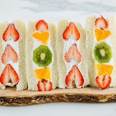 Brighten your day with Japanese Fruit Sandwich called Fruit Sando! Juicy seasonal fresh fruits are embedded in chilled whipped cream between two slices of pillowy Japanese milk bread. Japanese Fruit Sandwich Recipe, French Fruit Tart Recipe, Fruit Tart Glaze, Easy Japanese Recipes, Japanese Snacks, Japanese Food, Falooda Recipe, Japanese Milk Bread, Cafeteria Food