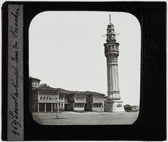 Beyazıt Kulesi ve Seraskerat Binaları  Fotoğrafçı: Ferrier Claude-Marie  Yıl: 1850-1859 arası.  Pierre de Gigord collection http://ift.tt/2Az6r7L