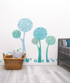 MiPetiteLife.es - Vinilo Infantil Árbol Azul. Los vinilos LILIPINSO están hechos para hacer de las habitaciones infantiles un lugar extraordinario. Para decorar la habitación de los bebes. www.MiPetiteLife.es