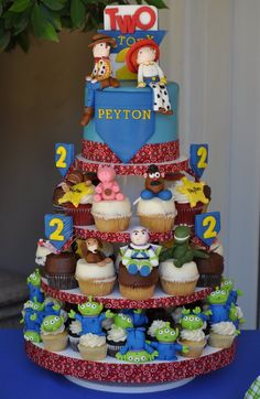 Toy Story cake/cupcakes