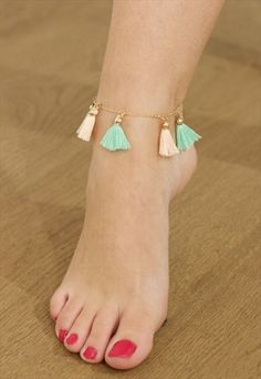 #TURQUOISE #TASSEL #ANKLET WITH #GOLD #CHAIN