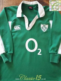 Relive Ireland s 2006 2007 international season with this original  Canterbury home long sleeve rugby shirt 306913350