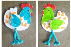 This page has a lot of free Paper chicken craft for kids,parents and teachers Spring Crafts For Kids, Christmas Crafts For Kids, Art For Kids, Farm Animal Crafts, Farm Crafts, Chicken Crafts, Easter Traditions, Preschool Crafts, Kids Crafts