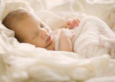 Natural Light Newborn Photography by Kristen Montgomery Photography www.kmontgomeryphotography.com