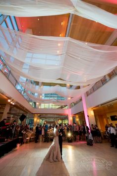 Front Room Presents Cie Alex S Madison Wedding Photography At Overture Center For The Arts Milwaukee Photo