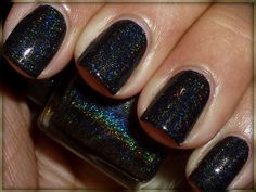 Love this for October ~ Glitter Gal Black Holo (Brain Freeze) Love Nails, Fun Nails, Holographic Nail Polish, Pretty Hands, Hair And Nails, Nail Colors, Beauty Hacks, Beauty Tips, Beauty Makeup