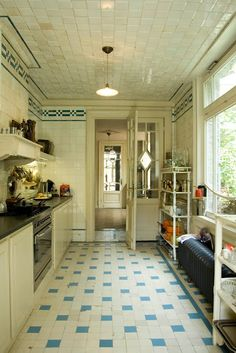 galley kitchen ... Like the 20s features but not sure I'd want the whole kitchen like this