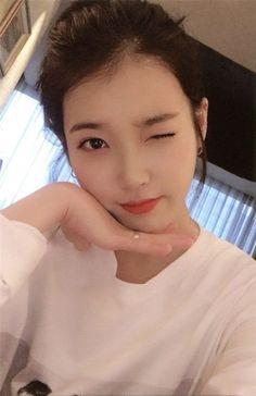 Id Photo, Photo Book, Kpop Girl Groups, Kpop Girls, Korean Girl, Asian Girl, Korean Photo, Blackpink Lisa, Feel Tired