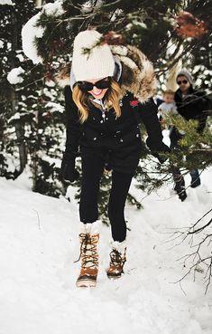 Dressing for Snow Days | Hello Fashion Blog
