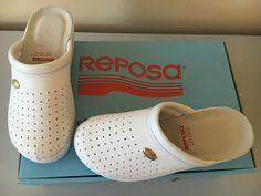 + flessibilità, resistenza e durata della calzatura grazie al tomaio in poliuretano sintetico