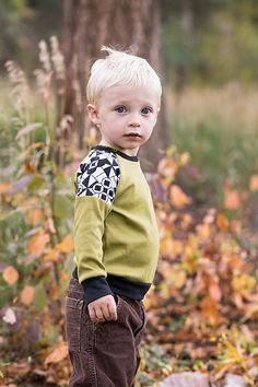 Boys Long Sleeve Raglan Shirt.Green. Blk/Wht Geo Print.Children's Clothing.Toddler Shirt..Boys Shirt.Long Sleeve Boys Top.Kids Clothing