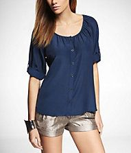 SHORT ROLLED SLEEVE BLOUSE