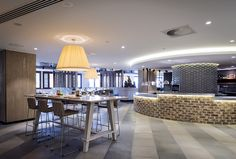 Cucina Vivo / Jupiters Casino, Broadbeach. Design by Luchetti Krelle (in collaboration with Steelman Partners). Photography by Michael Wee.