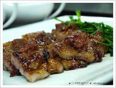"""전통 돼지고기 양념구이~ 요조마의 맥적"""" – 레시피   Daum 요리 Pork Recipes, Asian Recipes, Cooking Recipes, Korean Dishes, Korean Food, K Food, Food Design, Food And Drink, Easy Meals"""