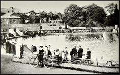 Belvedere Paddling Pool shortly after its opening. (1908-14)