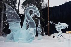 15 amazing creations made with incredible skill Snow Sculptures, Lion Sculpture, Snow Art, Ikon, Carving, The Incredibles, Culture, Statue, My Favorite Things