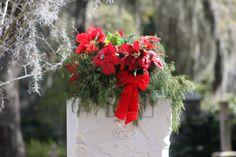 Bonaventure Cemetery Bonaventure Cemetery, Christmas Wreaths, Holiday Decor, Pictures, Home Decor, Photos, Decoration Home, Room Decor, Home Interior Design