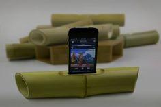 Bamboo Ipod speakers. <3